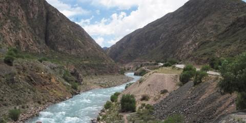 Río Mendoza en Ruta 82