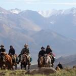"""Excursiones de Aventura en Malargüe: Cabalgata """"Viven"""""""