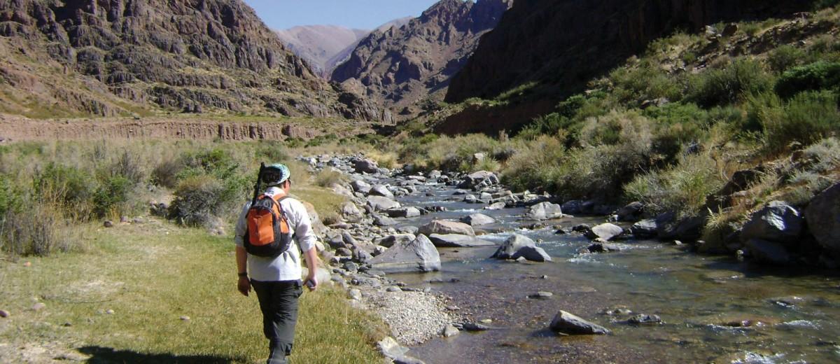 Trekking por el arroyo