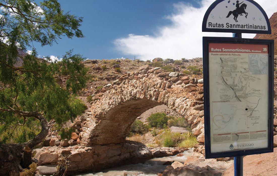 Puente Picheuta en la Ruta Sanmartiniana