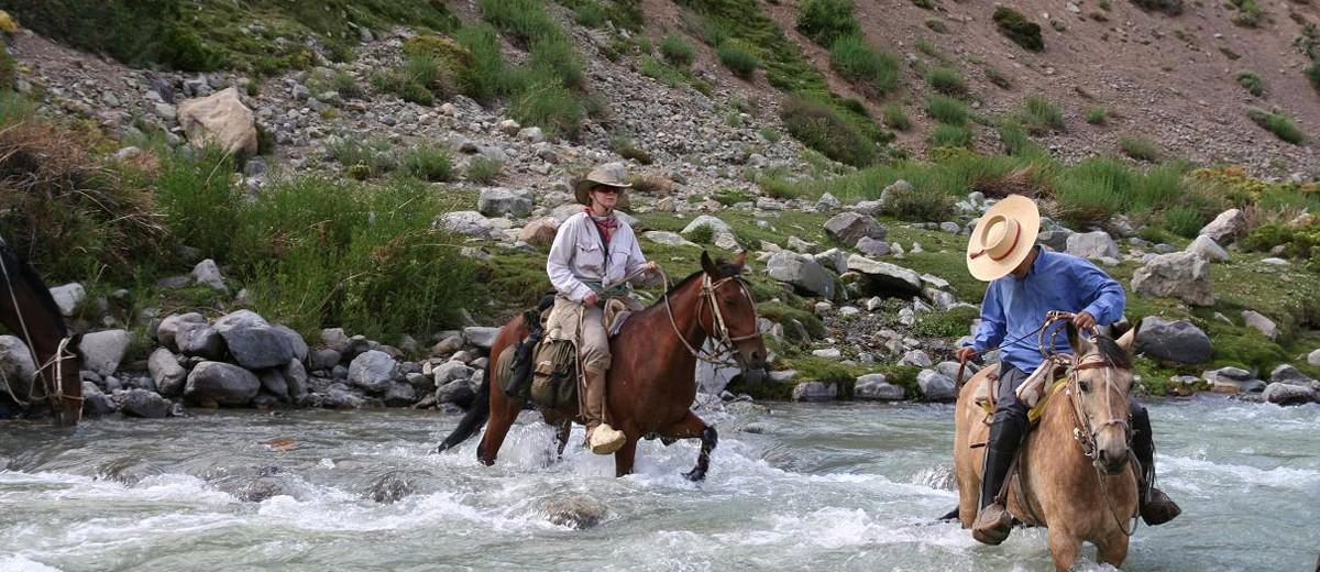 El Cruce de los Andes a caballo
